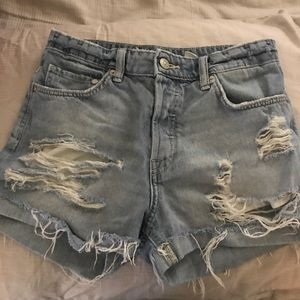 H&M high rise distressed shorts